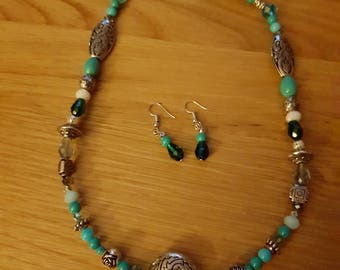 Gorgeous turquoise necklace and earring sets