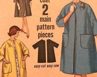 Vintage Reversible Coat Pattern---Simplicity 4738---Size 14  Bust 34