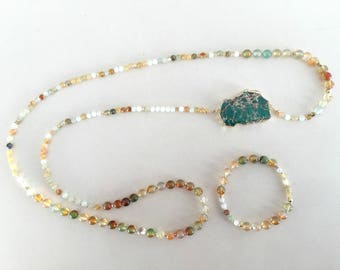 Fire and natural stone agate necklace and bracelet with marine sediments (emerald color)