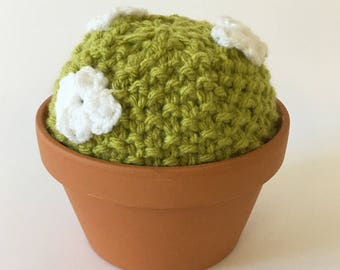 X Large knitted cactus