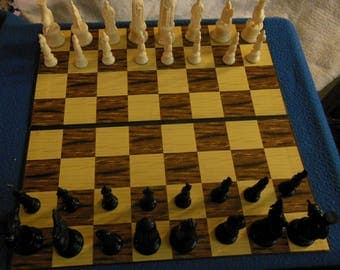 Vintage Kingsway Florentine Replica 11th Century Chess Set