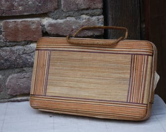 Hand bag / suitcase Wicker - Vintage 1970's.