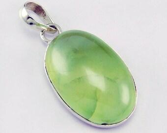 handmade 925 silver prehnite gemstone pendant