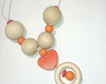 Nursing necklace / Babywearing