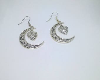 Earrings Crescent Moon and her heart