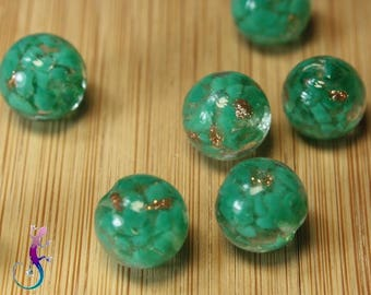 10 12mm round green and gold glass beads