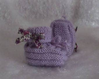 Booties for baby girl lilac hand knitted