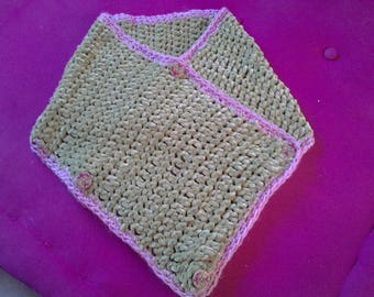 pretty green shawl trimmed with pink