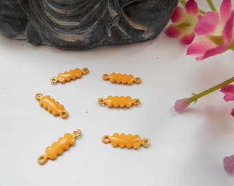 x 5 golden yellow enamel gourd shape connectors
