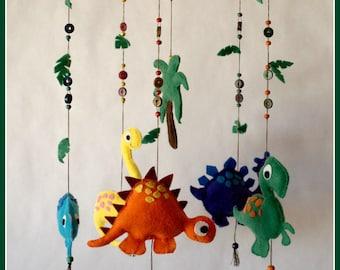"""""""Dinosaurs"""" felt baby mobile"""