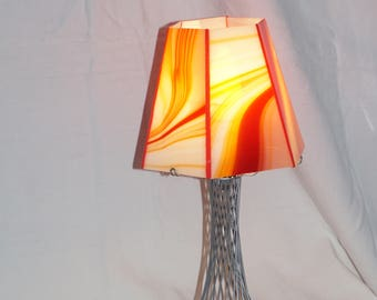 Light yellow red baroque stained glass window to ask, Glasmalerei lamp, Stained glass lamp