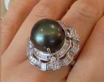 LARGE Rare 15mm Black South Sea  PEARL & Diamond RING  in platinum.Stunning Exquisite