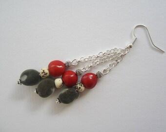 Réglise zanzibar seed earrings, and royal Palm