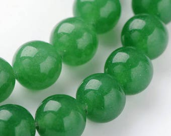 10 beads of jade 8mm in diameter
