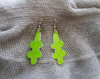 Pierced ears candy Crocodiles in Apple green and white resin