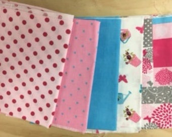 set of 5 cut of fabric for patchwork