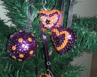 Sequins - Quartet Orange and purple Christmas balls