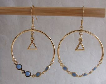 Golden triangle, blue and gold chain earrings