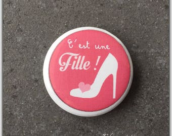 Badge, it's a girl pregnancy, baby, maternity, happy event