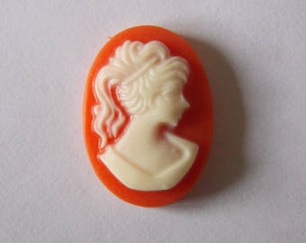 Set of 10 coral resin cameos