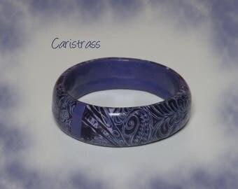 Bracelet round dark purple.