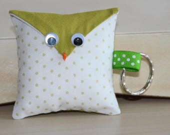 OWL Keychain - dots pattern