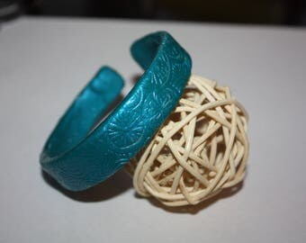Peacock blue polymer clay bracelet