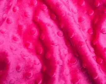 Coupon 50 cm hot pink minky fabric