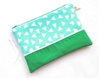Case / pouch versatile mint cotton and faux leather zipper 20cm.