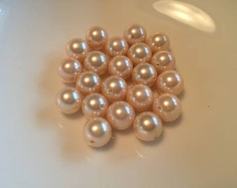 Pale Peach Smooth Round Shell Pearl Bead  10mm