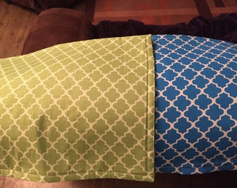 Green and blue reversible placemats