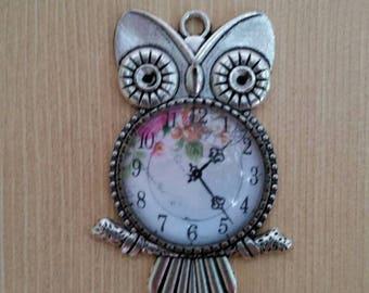 Vintage Faux Clock Owl Pendant