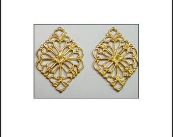 21 X 15 mm 2 pendants connectors gold filigree diamond-shaped earrings