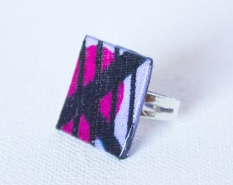 Square ring in purple wax with black swirls