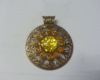 very large resin and alloy with Rhinestone pendant