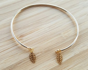 Thin Bangle Bracelet gold Crystal small leaves / / gold metal