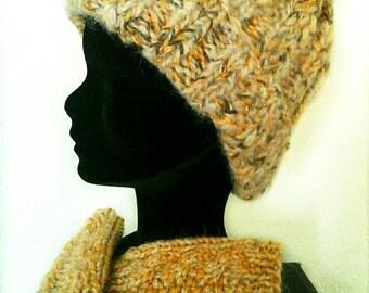 Hat and mittens wool chunky tassel beige, Brown, bronze