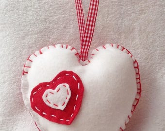 Felt white and Red 15 cm hanging heart