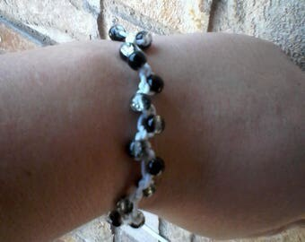 glass bead adjustable bracelet