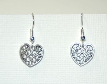 Metal filigree heart earrings