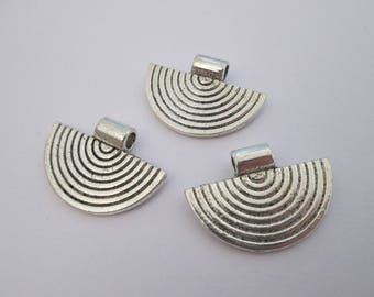 3 perle éventail en métal argenté 25 x 18 mm