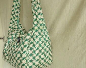 Hobo shoulder Ref: 101 SbL fabric loincloth green and beige closure zipper and 3 pockets