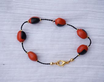 unique bracelet with everlasting red and black