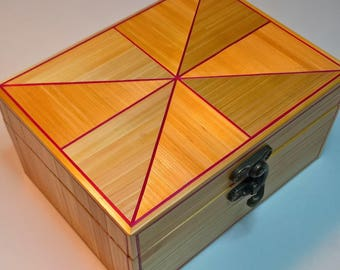 The veil box gold