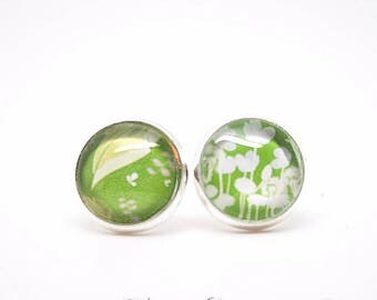 Earrings - Nature - leaves - green flowers - chips - Vintage