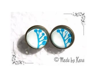 Earring studs Vintage Turquoise glass Cabochon blue flowers