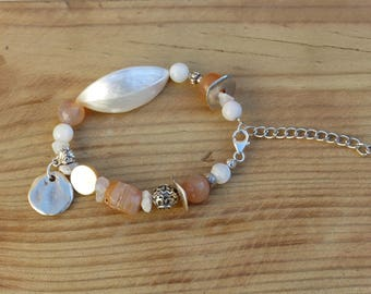 Mother of Pearl charm bracelet, Carnelian and Moonstone