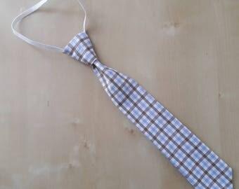 Elastic tie for child
