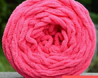 Balls of yarn, Chenille, various colors