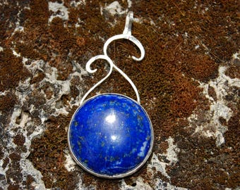 lapis lazulis, elven inspired, crimping in solid silver pendant